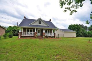 927 Fisher Ferry St, Thomasville, NC