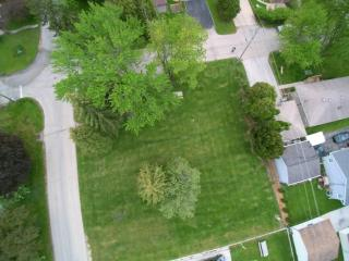 9000 West Plainfield Avenue, Greenfield WI