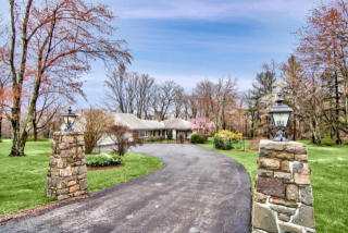 462 Golf Drive, Buck Hill Falls PA