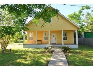 1706 Southeast 2nd Street, Smithville TX