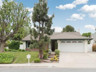 3211 Fort Courage Ave, Thousand Oaks, CA