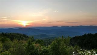 118 Ridge View Lane, Mountain City TN