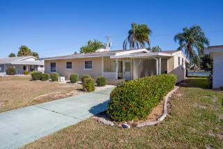 955 Cherry Hills Drive, Sun City Center FL