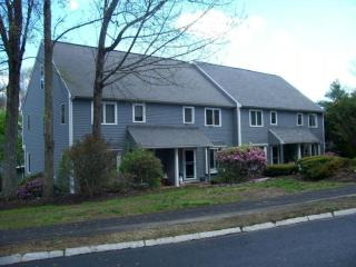 31 Country Hill Ln, Haverhill, MA