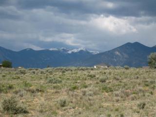 Toda Vista Road, Taos NM