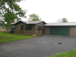 7108 East 400 S, Laotto IN