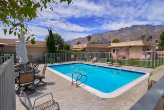 821 East Vista Chino #1, North Palm Springs CA