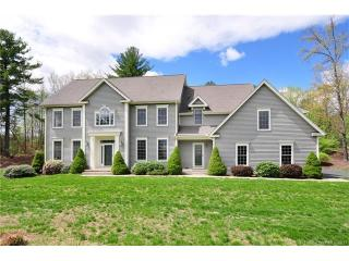19 Strawberry Fields Road, Granby CT