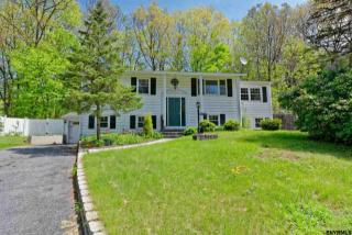 6 Greybirch Court, Saratoga Springs NY