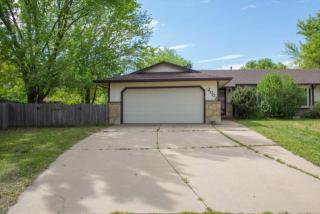 2002 N Rosewood Ct, Derby, KS