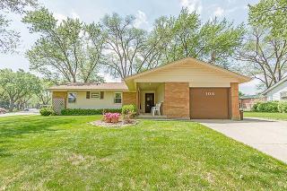 108 Woodcrest Lane, Elk Grove Village IL