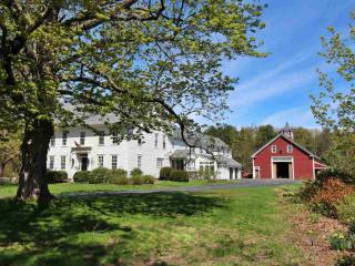 1152 Center Road, Lyndeborough NH