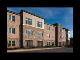 240 Beverly Hills Cir, Lynchburg, VA