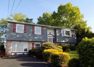 48 West 2nd Street, Red Hill PA