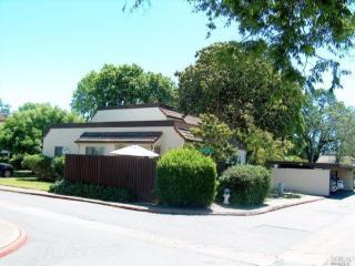 1806 Primavera Drive, Santa Rosa CA