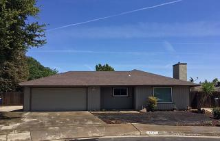 1737 Swift Avenue, Clovis CA