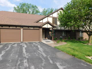 1588 N William Wells Cir, Bluffton, IN
