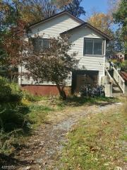 126 Bucknell Trail, Hopatcong NJ