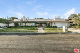 10011 Lawrence Lane, Beverly Hills CA