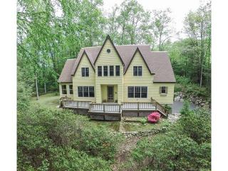 5 Thronebrook Road, West Granby CT