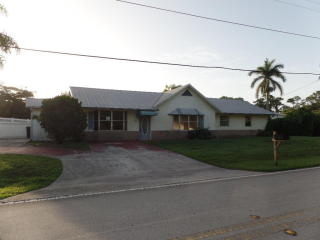 557 Southwest Riverway Boulevard, Palm City FL