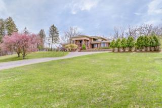 5809 Hillside Road, Crystal Lake IL