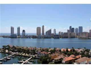 7000 Island Boulevard #2105, Aventura FL
