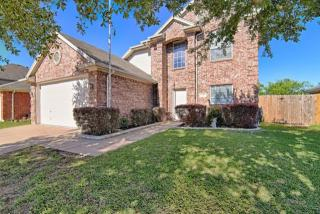 337 Rock Hill Drive, Crowley TX