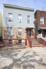 3215 38th Ave, Long Island City, NY