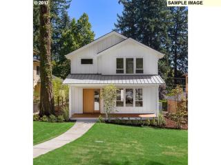 892 8th St, Lake Oswego, OR
