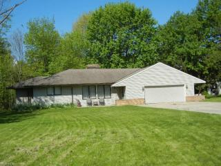 9310 Avery Rd, Broadview Heights, OH