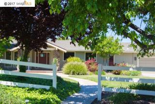 431 Lone Oak Court, Brentwood CA