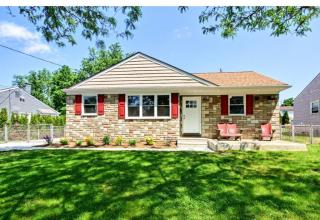 31 Woodbine Avenue, Maple Shade NJ