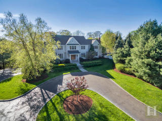 7 Juniper Rd, Darien, CT