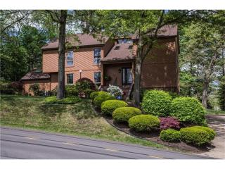 475 Sharon Road, Coraopolis PA