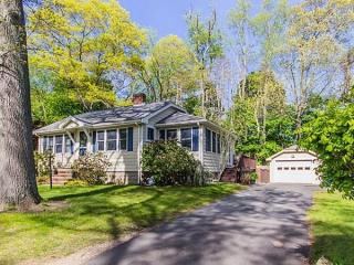 281 Raynor Ave, Whitman, MA
