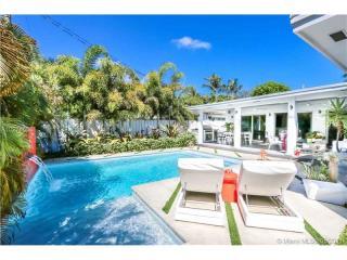 910 Shore Drive, Miami Beach FL