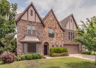413 Travis Street, Roanoke TX