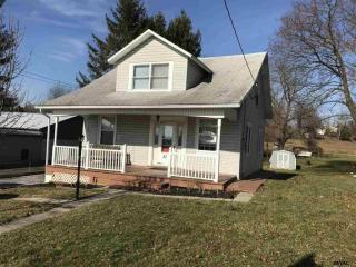 37 W Maple St, East Prospect, PA