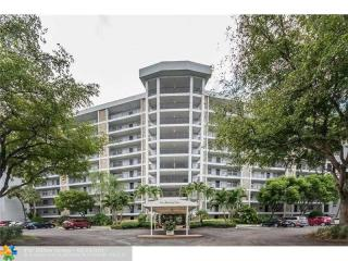 625 Oaks Drive #1003, Pompano Beach FL