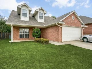 4017 Appleyard Drive, Fort Worth TX