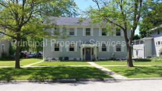208 S Chestnut Ave, Green Bay, WI