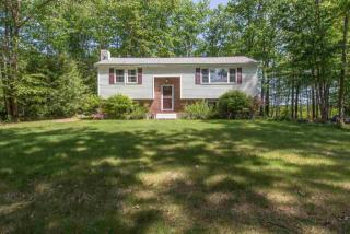 9 Epping Woods Road, Epping NH