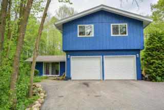 12616 North River Forest Drive, Mequon WI