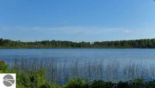 2749 Tonawanda Lake Road, Grawn MI