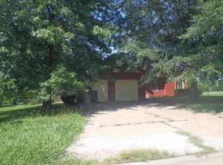 1736 SE 36th Ter, Topeka, KS