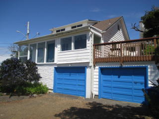 3652 Southwest Beach Avenue, Lincoln City OR
