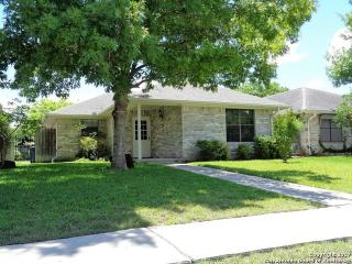 526 Riverside Drive, New Braunfels TX