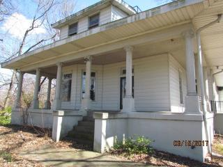 1716 North Elm Street, Henderson KY