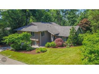 21 Westridge Dr, Lake Oswego, OR